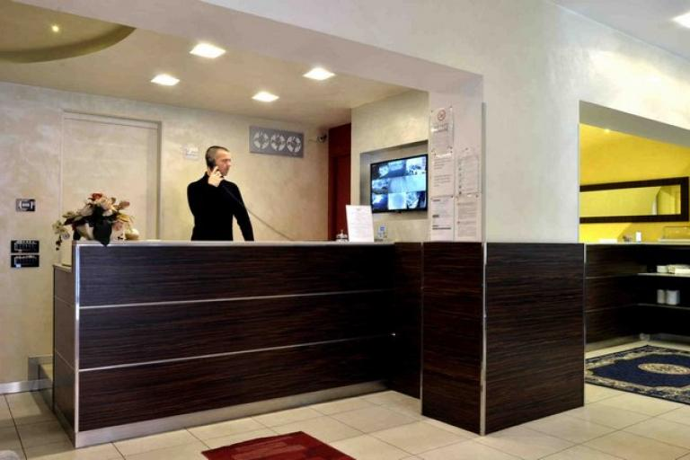 Hotel 3 stelle venezia marghera zona tranquilla piccolo for Soggiorno a venezia economico